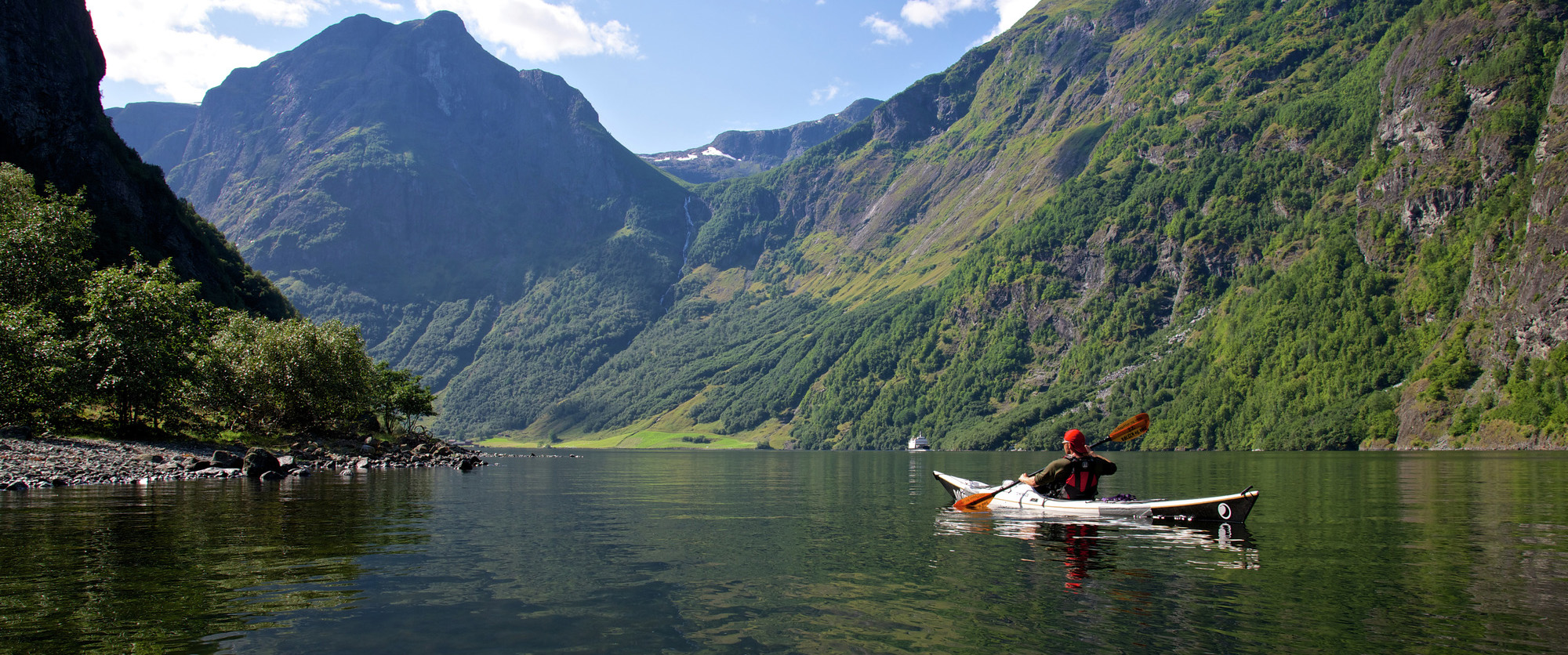 kayaking-norwegian-fjords-may-bank-holiday-adventure