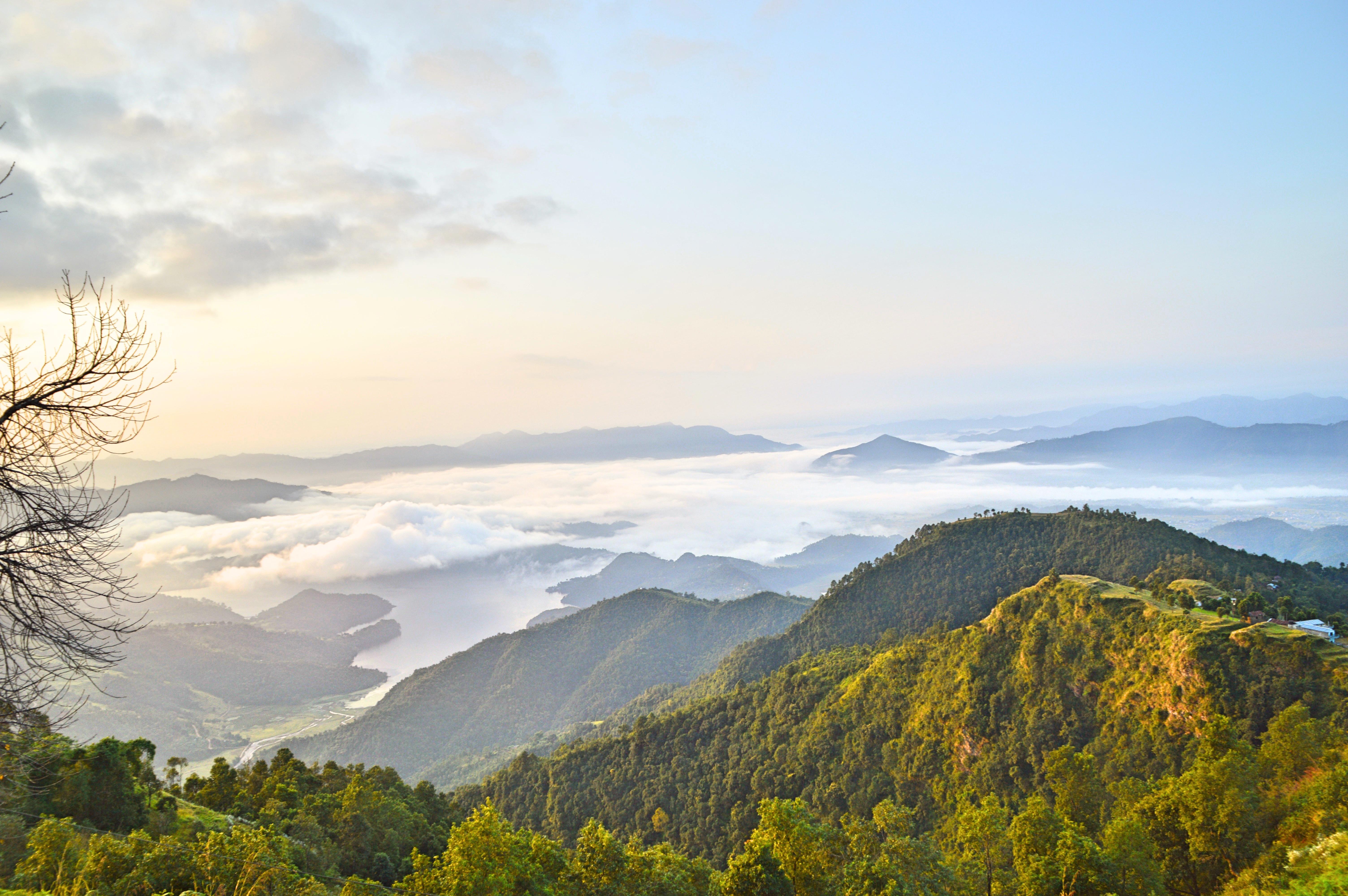 trek-pokhara-region-nepal