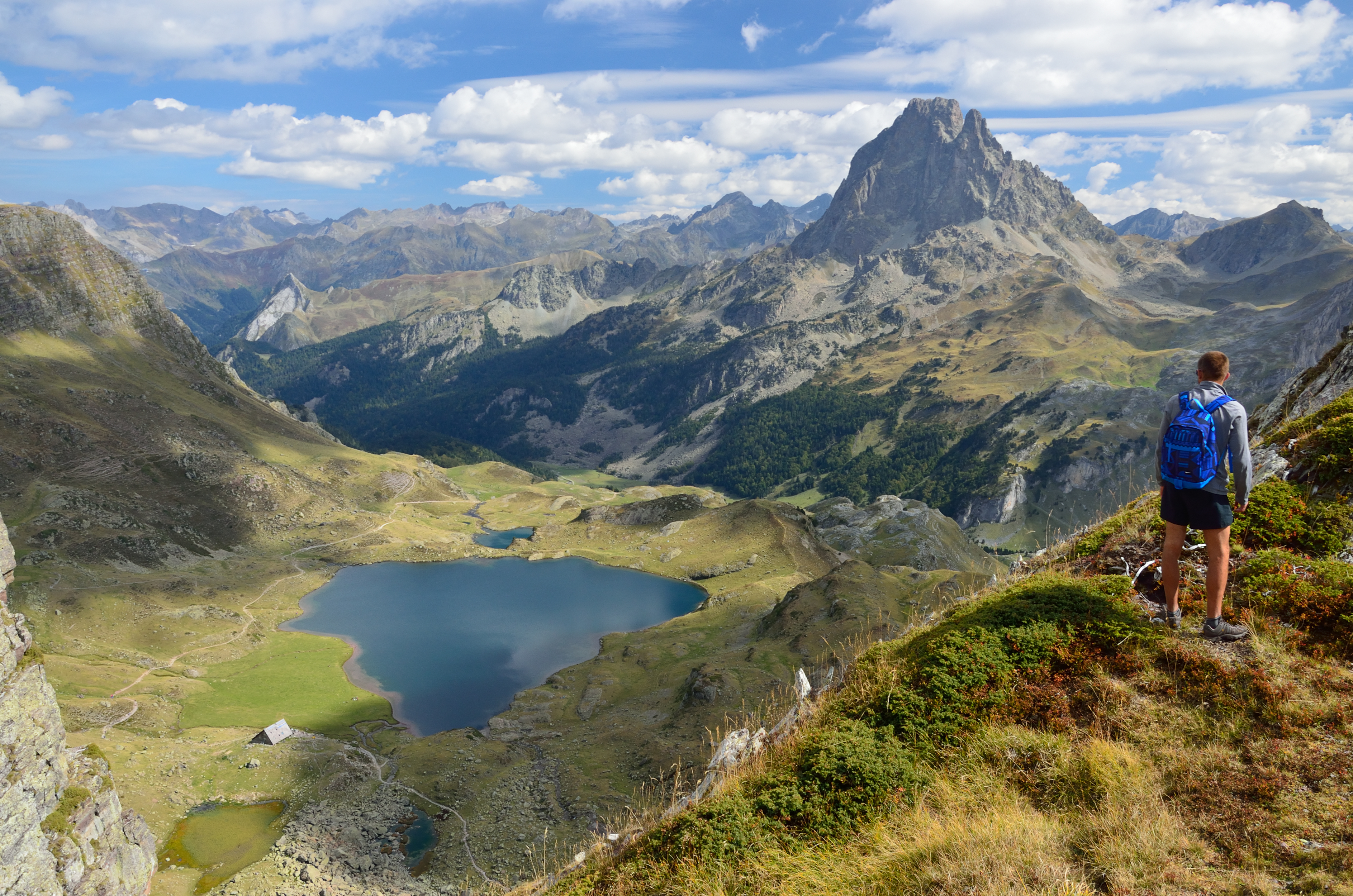 pyrenees-trek-france-to-spain