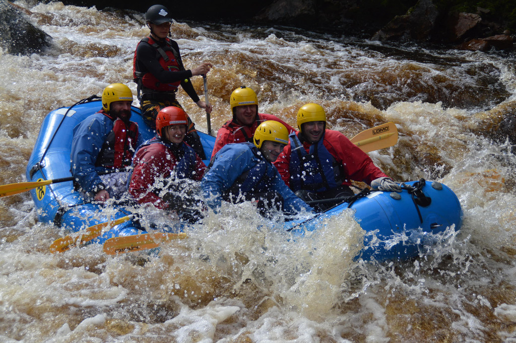 rafting-scottish-highlands-august-bank-holiday-adventure