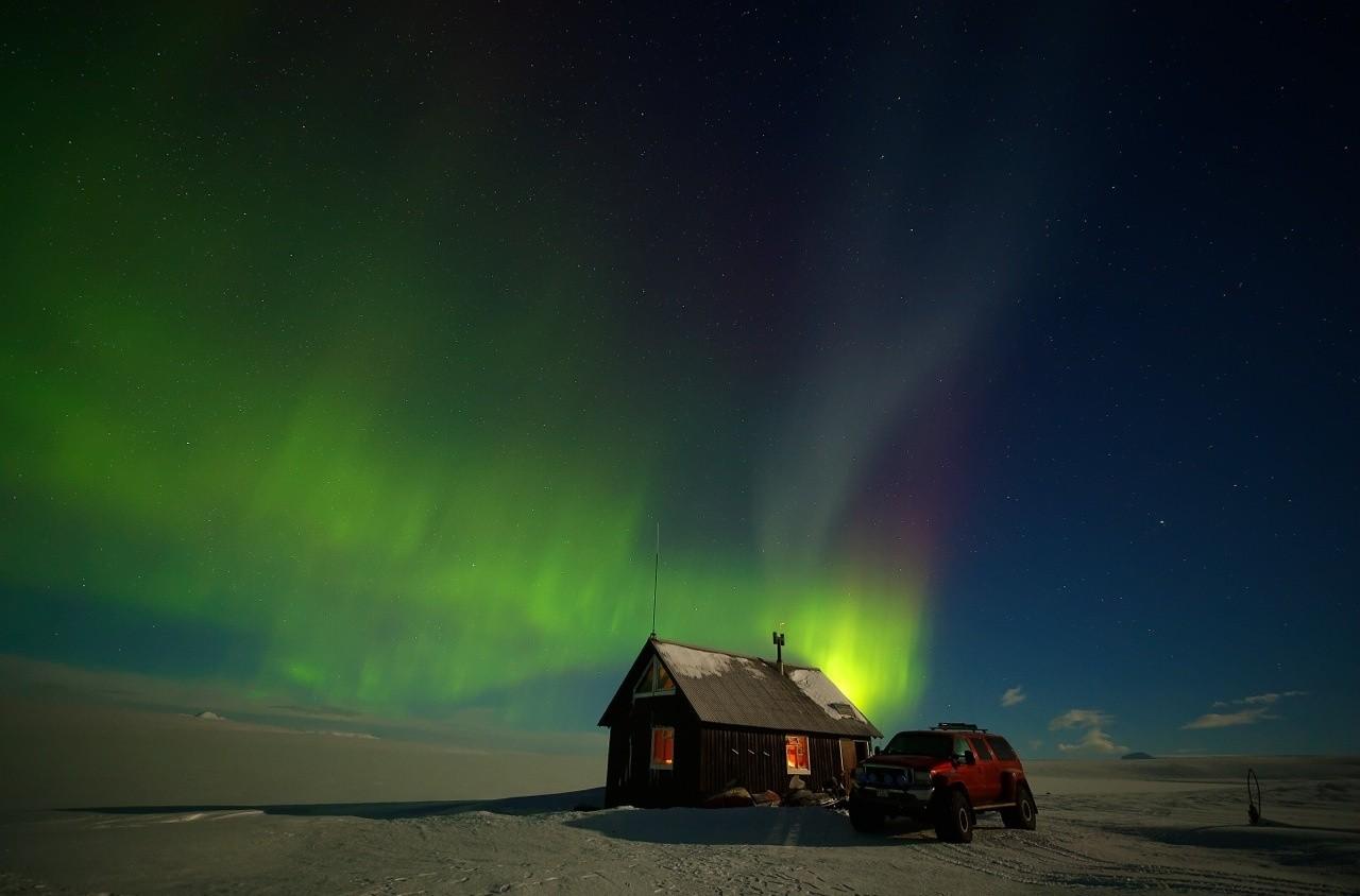 northern lights Iceland adventure tours