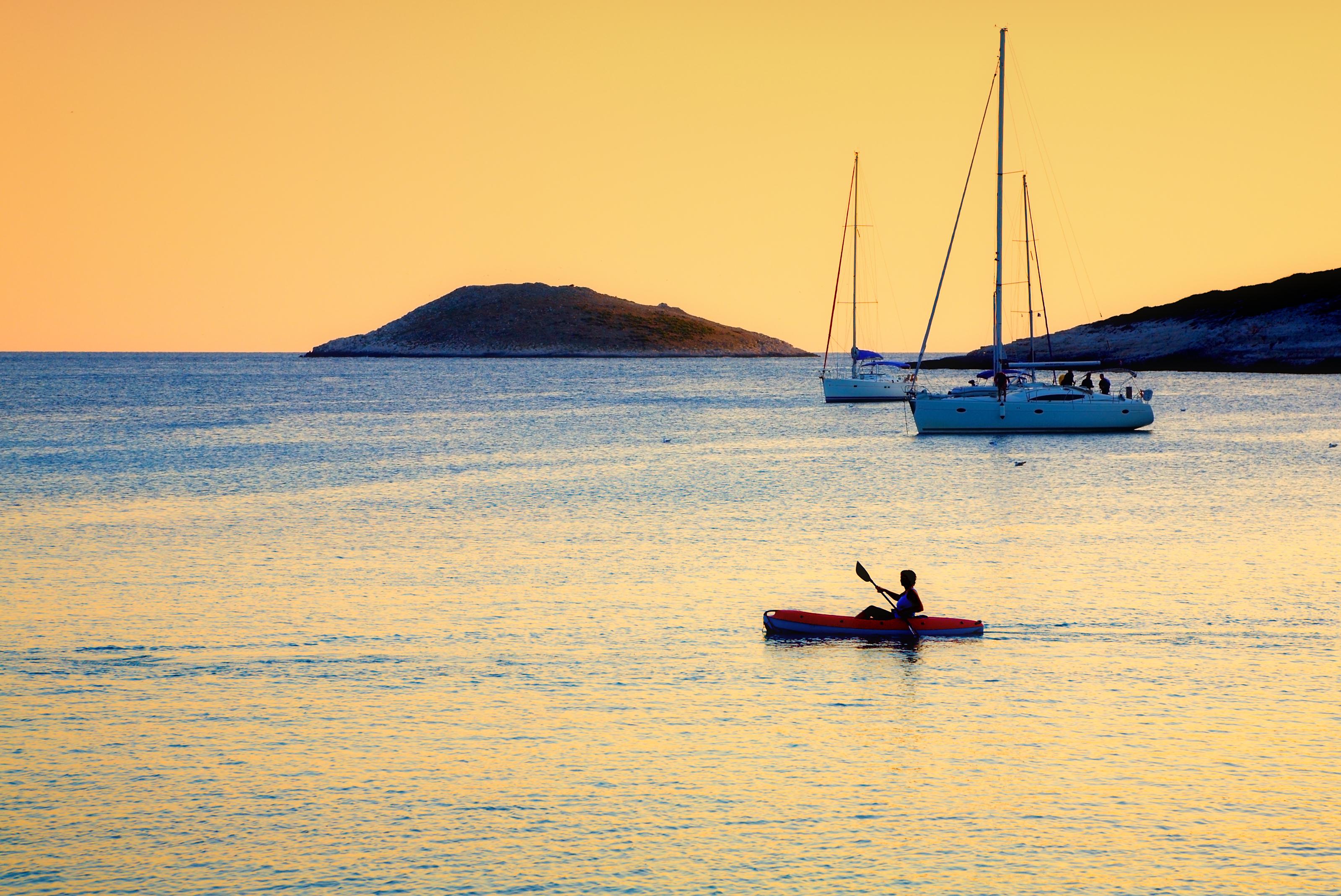 kayaking-hvar-croatia