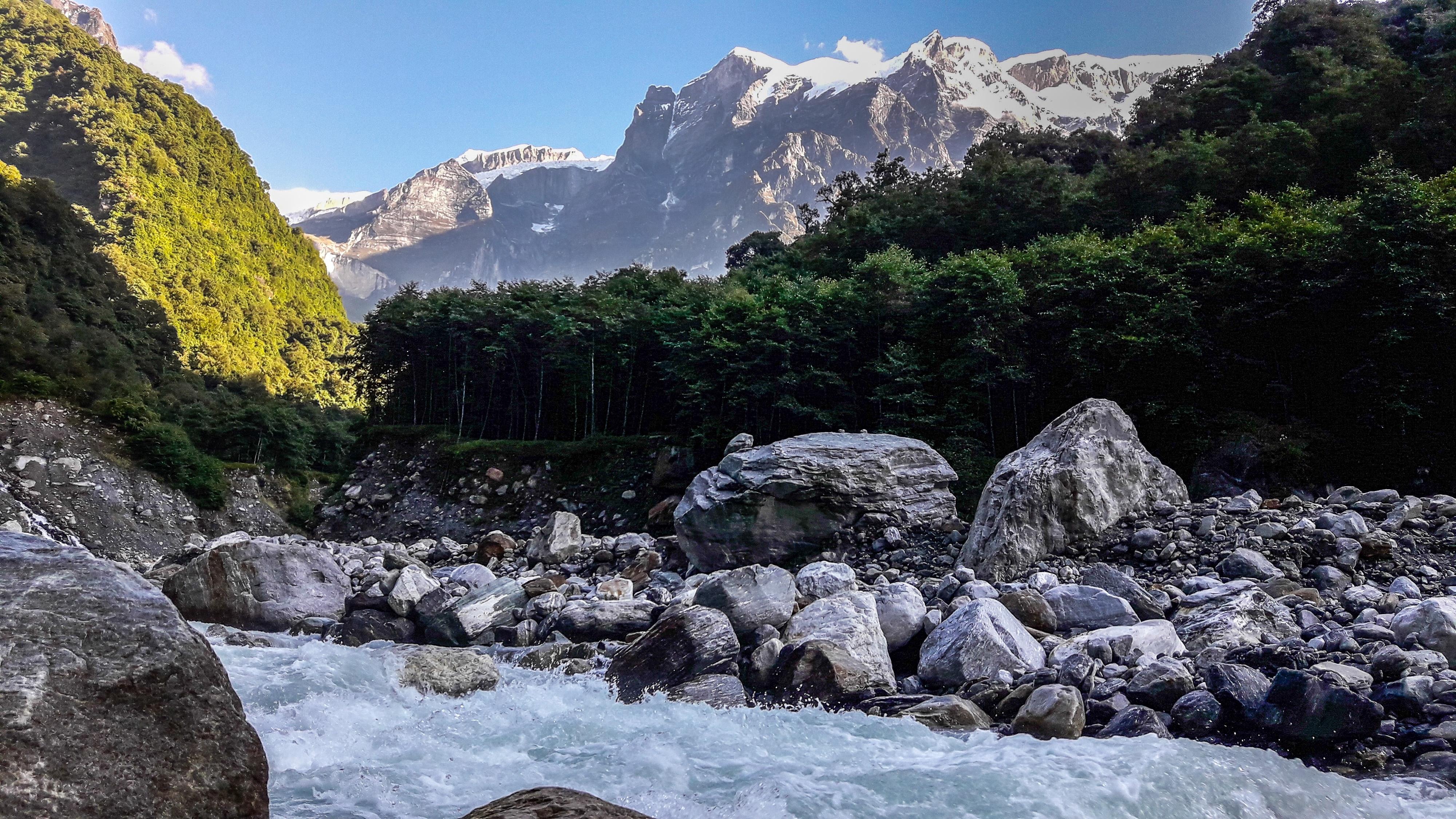 trek-nepals-hidden-glacier-may-bank-holiday-adventure